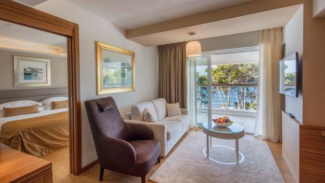 Junior Suite, lato mare | Hotel Bellevue » Lošinj Hotels ...