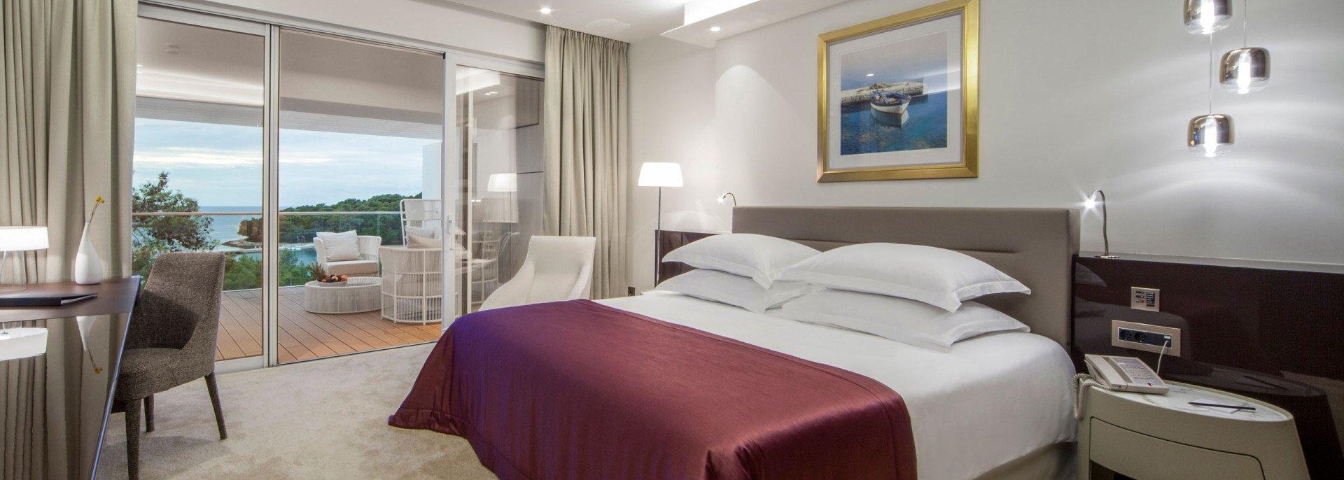 https://www.losinj-hotels.com/assets/Bellevue/Rooms-Suites/_resampled/CroppedFocusedImageWyIxOTIwIiwiNjg2IiwieSIsMjU3XQ/Presidental-suite.jpg