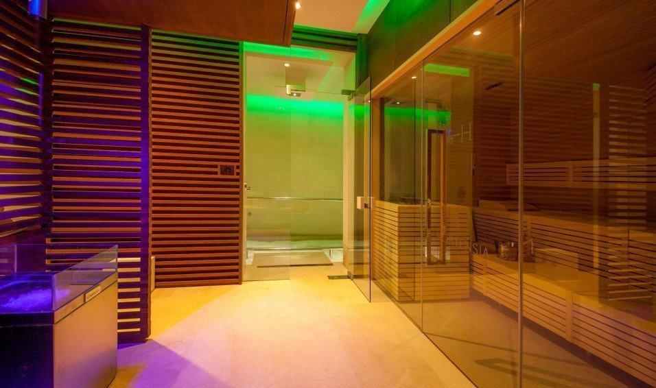 https://www.losinj-hotels.com/assets/Vila-Hortensia/Gallery/_resampled/CroppedFocusedImageWyI5NTYiLCI1NjYiLCJ5IiwxNV0/hortensia-spa-wellness-2.jpg